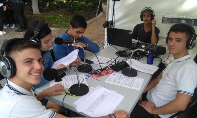 Programa celebrado en directo desde la «Miniferia de la Semana de la Ciencia y la Innovación en Canarias 2019», presentado por cuatro alumnos de 4º ESO a través de Radio Colegio Virgen del Mar