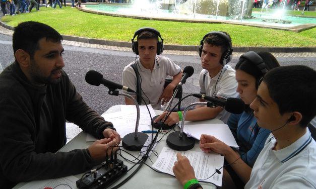 Durante la «Miniferia de la Ciencia y la Innovación en Canarias 2019», los alumnos de 4º ESO, Cristina Castilla, Gabriel Martín, Adrián López, y Erick Díaz, entrevistaron al investigador del IPNA-CSIC, Antonio Morales, en directo, desde el Parque García Sanabria